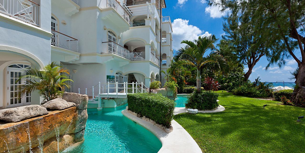 Barbados, Old Trees 7 - Bella Vista