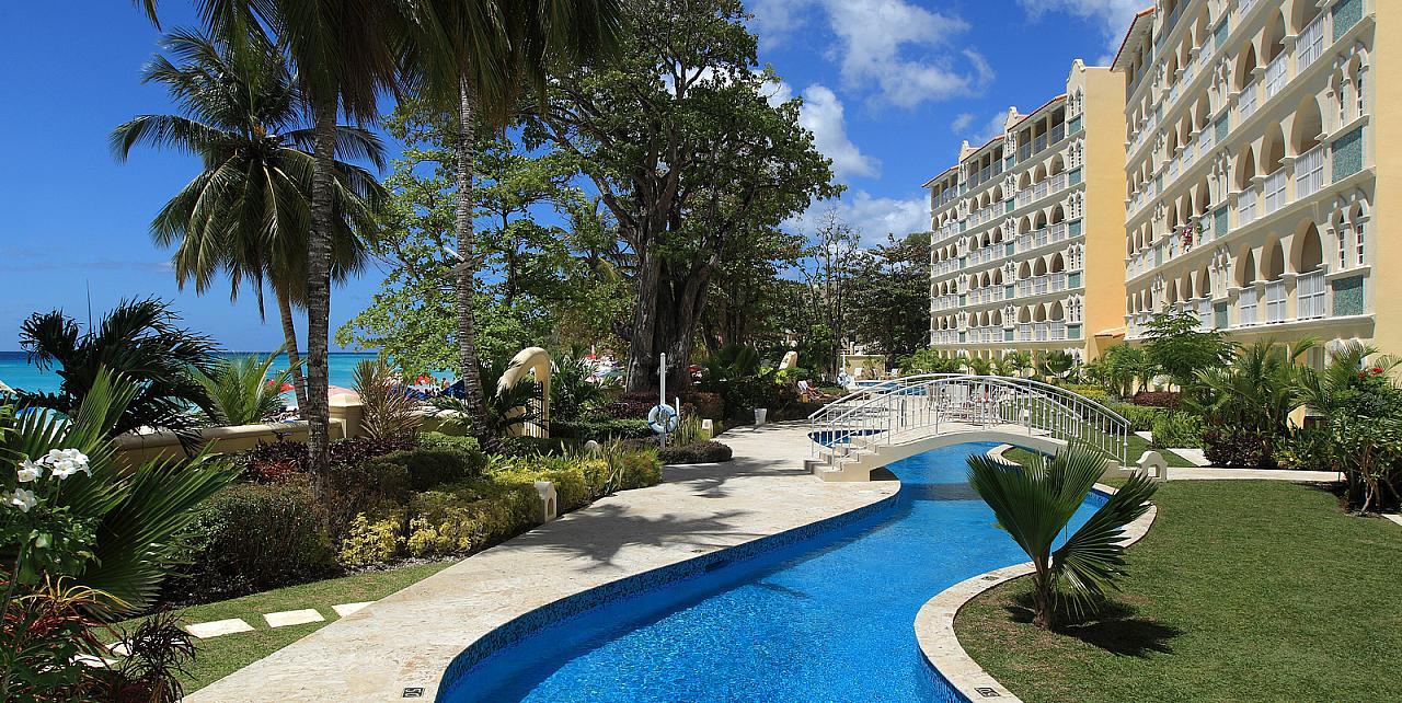 Barbados, Sapphire Beach Apartment 104