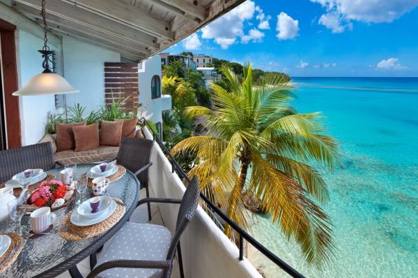 Beachfront - Coralita Apartments