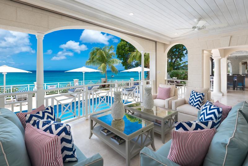Blue Lagoon - Beachfront